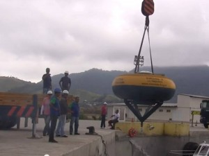 Transporte e alocação da boia meteo-oceanográfica utilizadas no SimCosta. SimCosta (c)